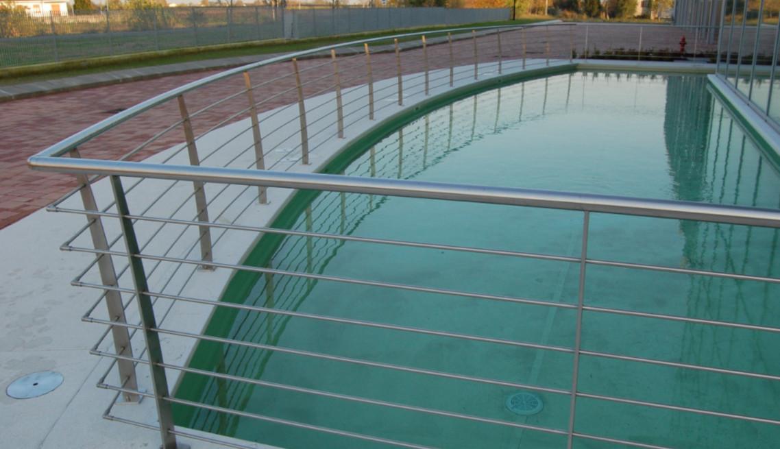 Parapetto vasca esterna